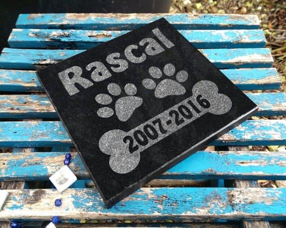black granite dog memorial