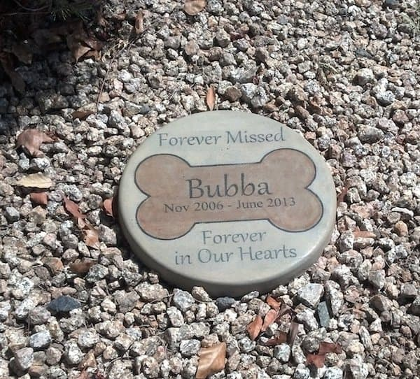 12 touching pet memorial stones in memory of pet tributes - Personalized garden stepping stones ...