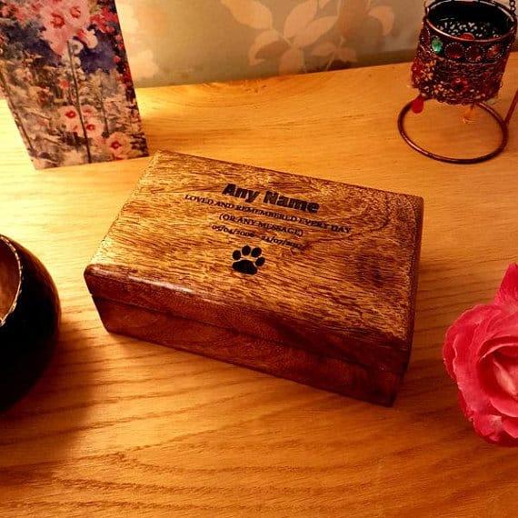 wooden-rectangle-dog-urn