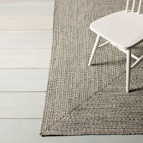 5 Great Rugs For Homes With Dogs Canine Compatible Carpet