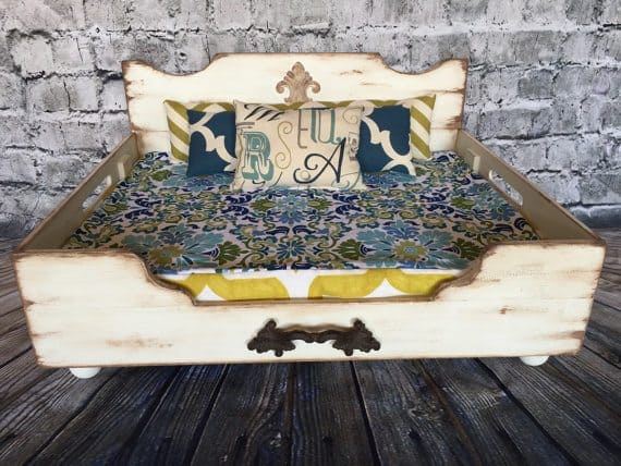farmhouse-vintage-wooden-dog-bed
