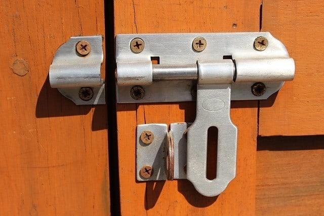 crate lock