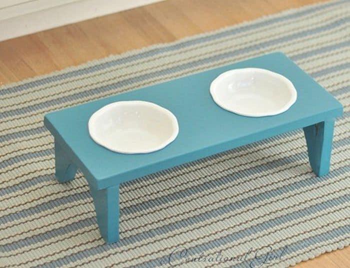 DIY Dog Bowl Feeder