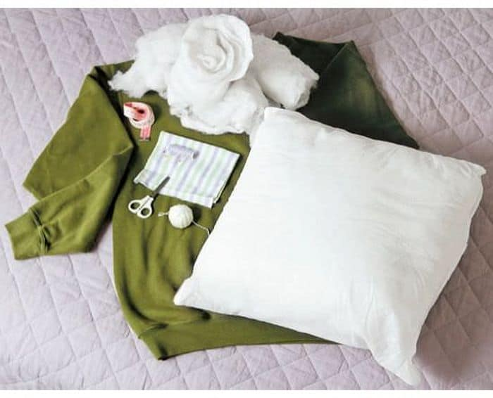 Sweater Style DIY Dog Bed