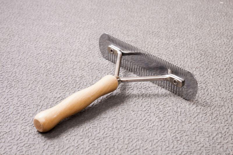 Grooming rake