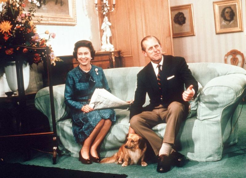 famous dogs of royal owners